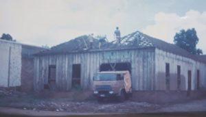 Demolição do antigo galpão